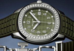 Luxury Female Patek Philippe Aquanaut 5267-200A-011 Fake Watches For CA